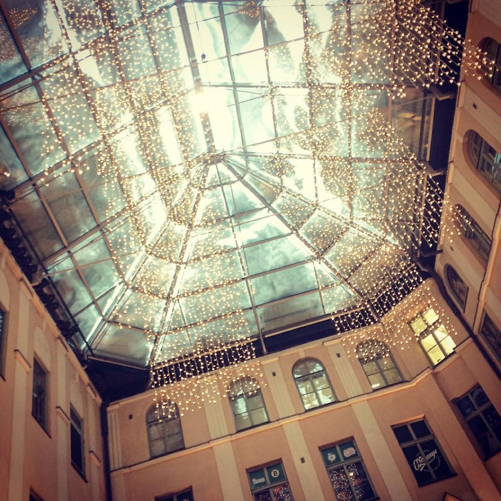 Wishing a magical start of the weekend to everybody! #weekend #weekendvibes #lookup #ceiling #snow #winter #lights #architecturelovers #myhelsinki #visithelsinki #photographer #photooftheday #instagood #instamood #instadaily #entrepreneur #livetoinspire